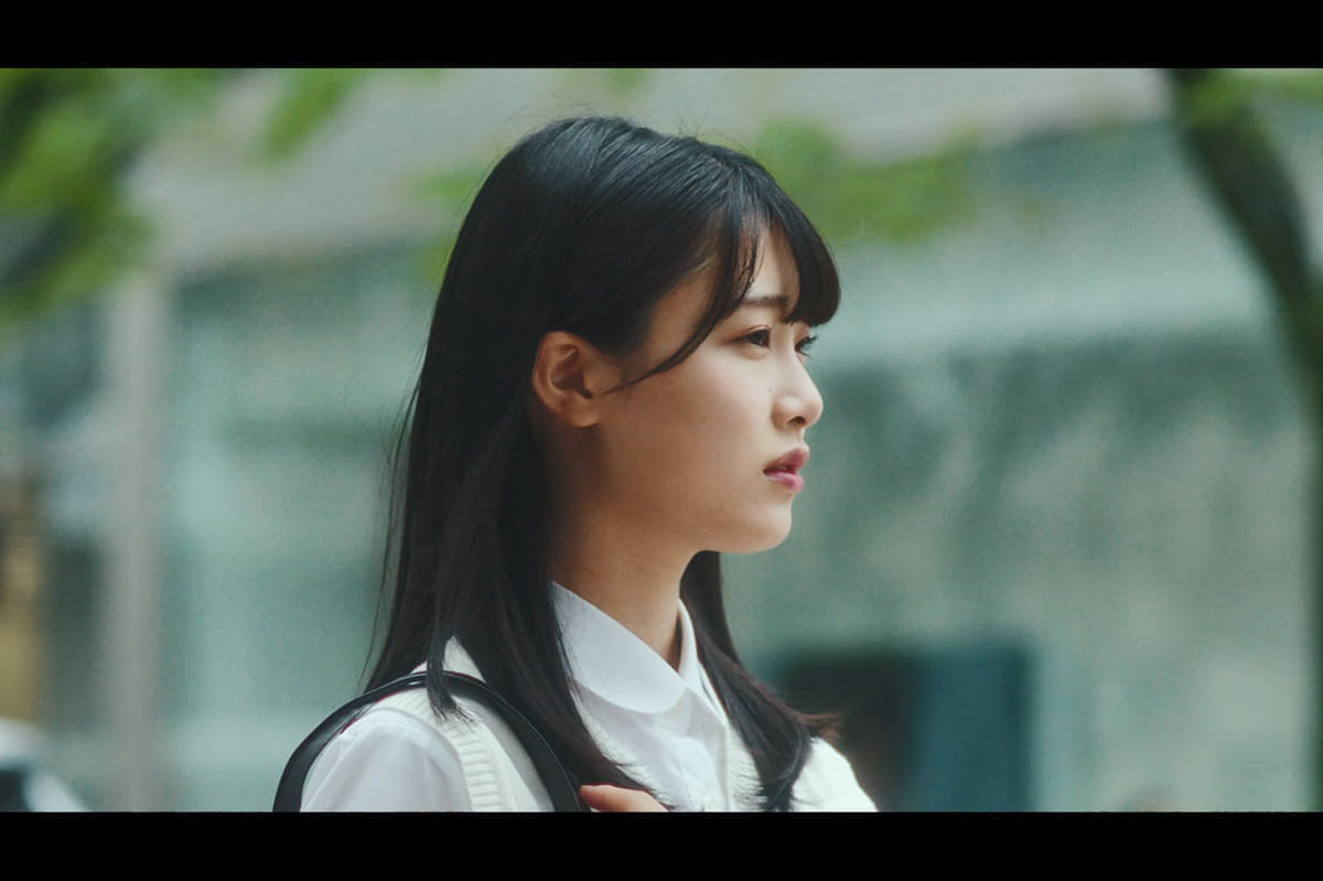 NGT48 新曲「Awesome」MV公開 高校生120人と〝しゃんしゃん踊り〟
